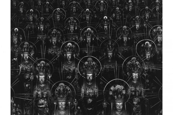<Hiroshi Sugimoto, Sea of Buddha, 1995  50.8×61 cm  gelatin silver print ©Hiroshi Sugimoto>