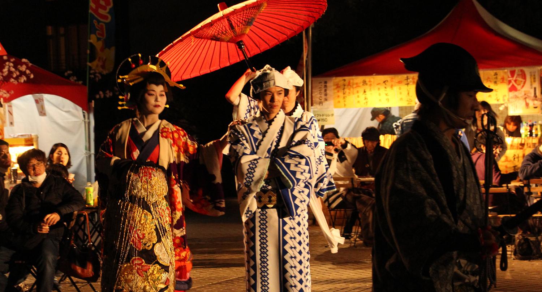 """Gotenyama Cherry Blossom Festival 2015"", an event based on the theme of ""Edo-style cherry blossoms enjoyed in Gotenyama."""
