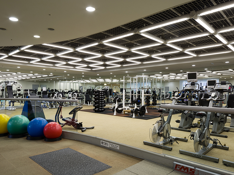 "You can break a sweat and feel refreshed before or after work at the ""Laforet Fitness Salon""."