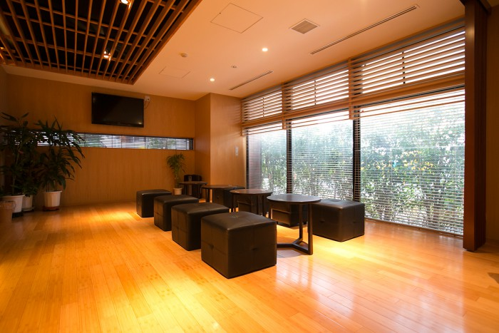 Our spacious waiting lobby. You'll find the massage chairs off to the right.