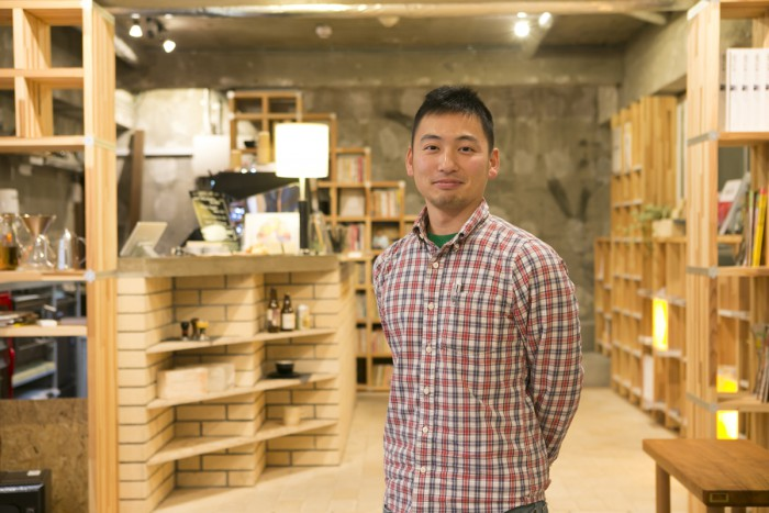 """Rep. Ryota Satoh; """"I wanted to build a café in Shinagawa that makes people want to travel, as Shinagawa was once the starting point for travels."""""""