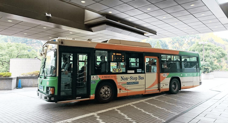品川駅と御殿山トラストシティ間で運行している無料のシャトルバス
