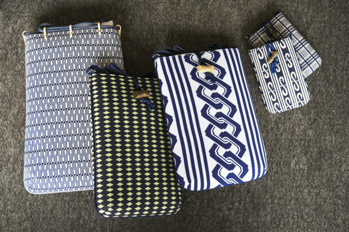 Gassai and dochu bags and small pouches, which can also be used as stylish shoulderbags.